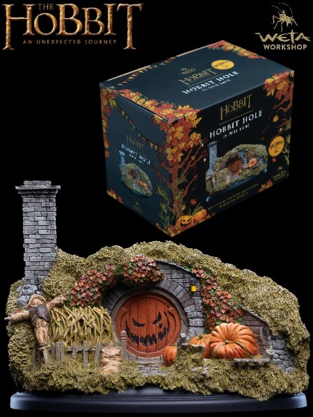 Weta Collectibles Hobbit 16 Hill Lane Halloween Edition Statue